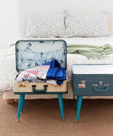 54ff57c301865-suitcase-table-0310-6dmy3m-s3.jpg