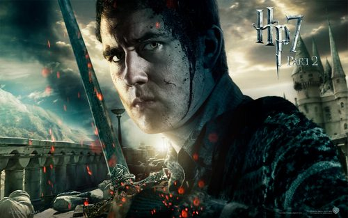 Deathly-Hallows-Part-II-Official-Wallpapers-neville-longbottom-24047460-500-313.jpg